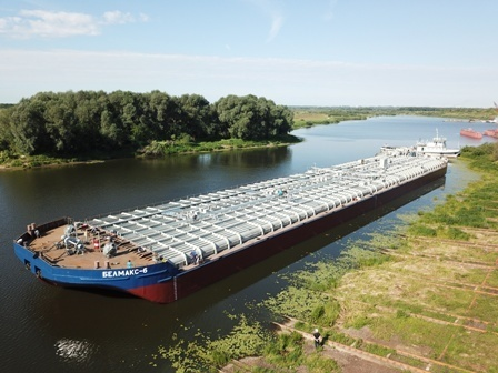 Okskaya Sudoverf Shipyard launches 6th serial barge of